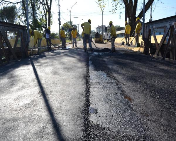 Semov refaz todo asfalto da ponte 25 de Julho