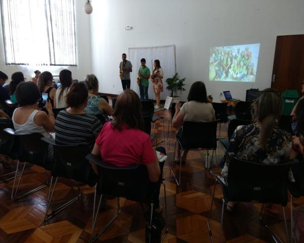 Diretoras e pedagogas das escolas credenciadas participam de encerramento do ano letivo na Smed