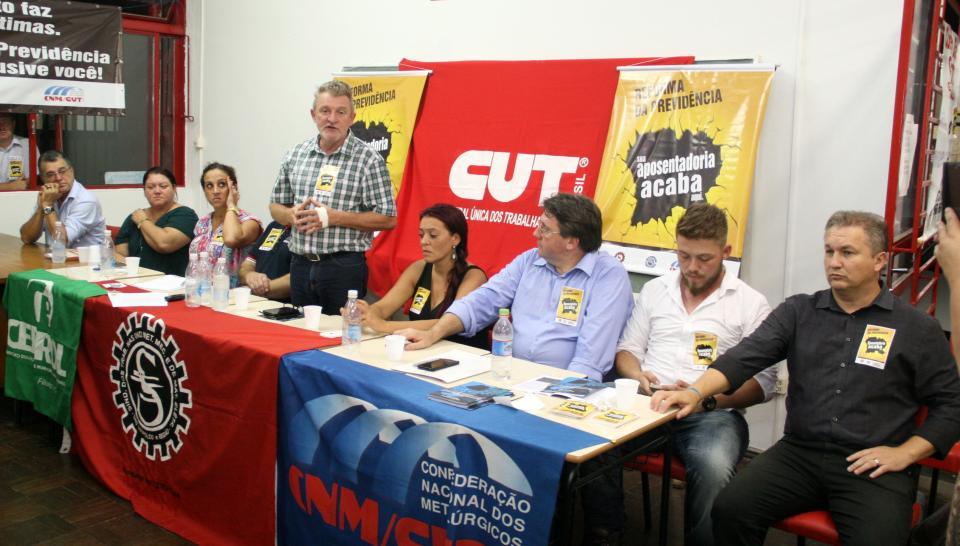 Lançado comitê sindical e popular contra a reforma da previdência