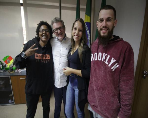 Jovens leopoldenses fazem intercâmbio cultural em Nanterre
