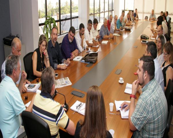 Reunião secretários