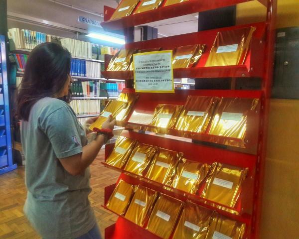 Biblioteca celebra o Dia Mundial do Livro com indicações de leitura surpresa